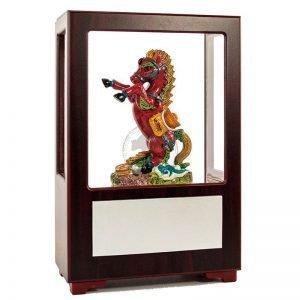 UHA 力馬富貴彩繪雕塑玻璃櫥櫃