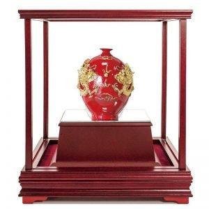 UQB 雙龍獻瑞彩繪雕塑玻璃櫥窗